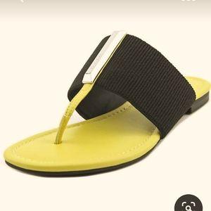Calvin Klein Bonni Slip-on Thong Sandals Sz 11